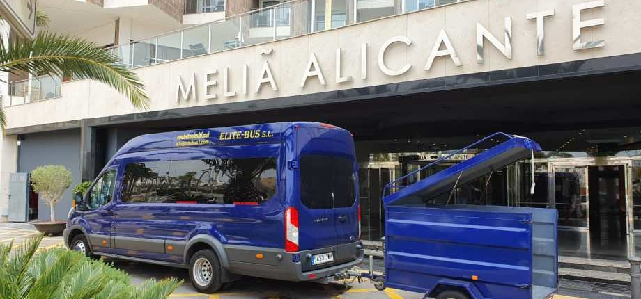 Reserva online tu traslado del aeropuerto de Alicante (ALC) al centro o a tu hotel. Reserva tu taxi aeropuerto Alicante , Autobus aeropuerto Alicante